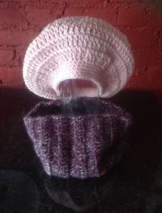 pink wool hat W purp,pink wrap